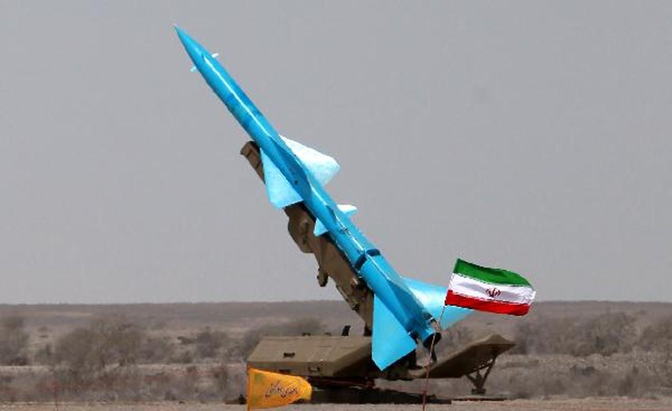 """Tuyen bo tan cong can cu My o Trung Dong, IRGC Iran co """"ao tuong""""?-Hinh-3"""