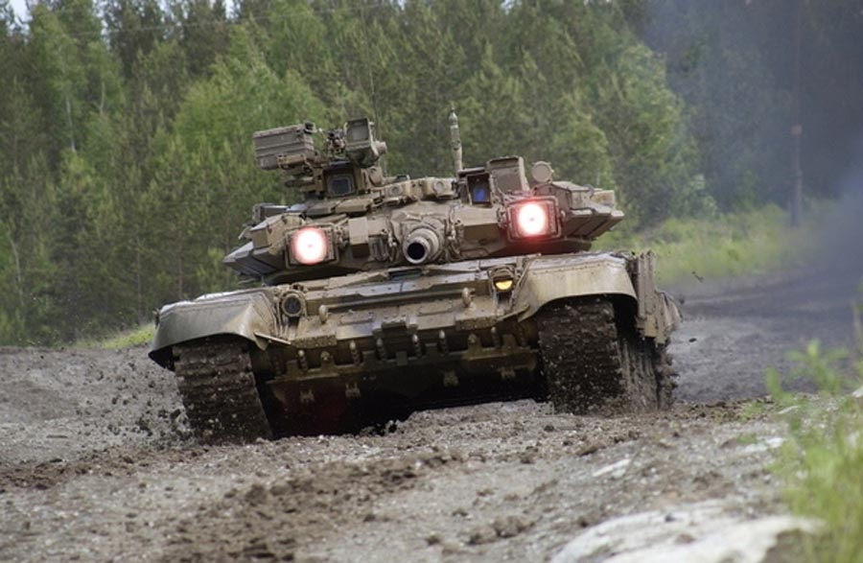 Vi khach nao vua nhan them xe tang T-90S/SK tu Nga?-Hinh-7