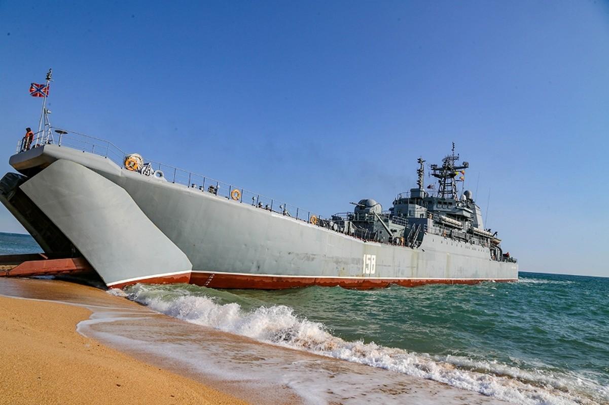 Muc kich hang nghin linh Nga do bo o at o Crimea-Hinh-2