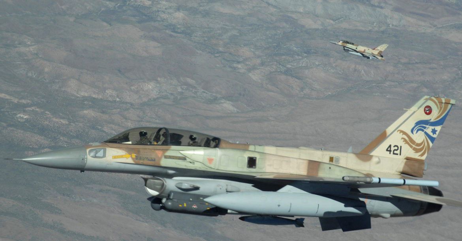 """Lo dien vu khi Israel khien ten lua S-300 Syria """"thua sap mat"""""""