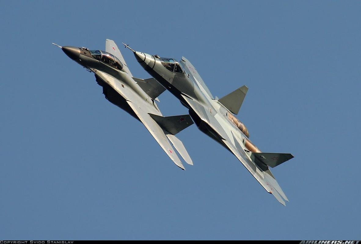 """Chuyen gia My: Su-57 Nga co the bien thanh """"oanh tac co"""" hat nhan-Hinh-6"""