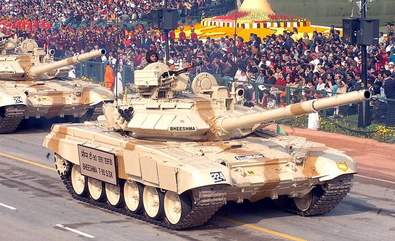 Hiem hoi: Quan doi Singapore duoc tap tran voi sieu tang T-90S-Hinh-4