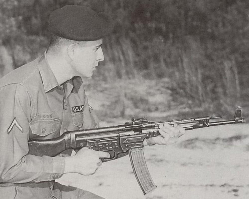 Giai ma tieu lien, sung truong noi tieng CTTG 2 cua Viet Nam-Hinh-11
