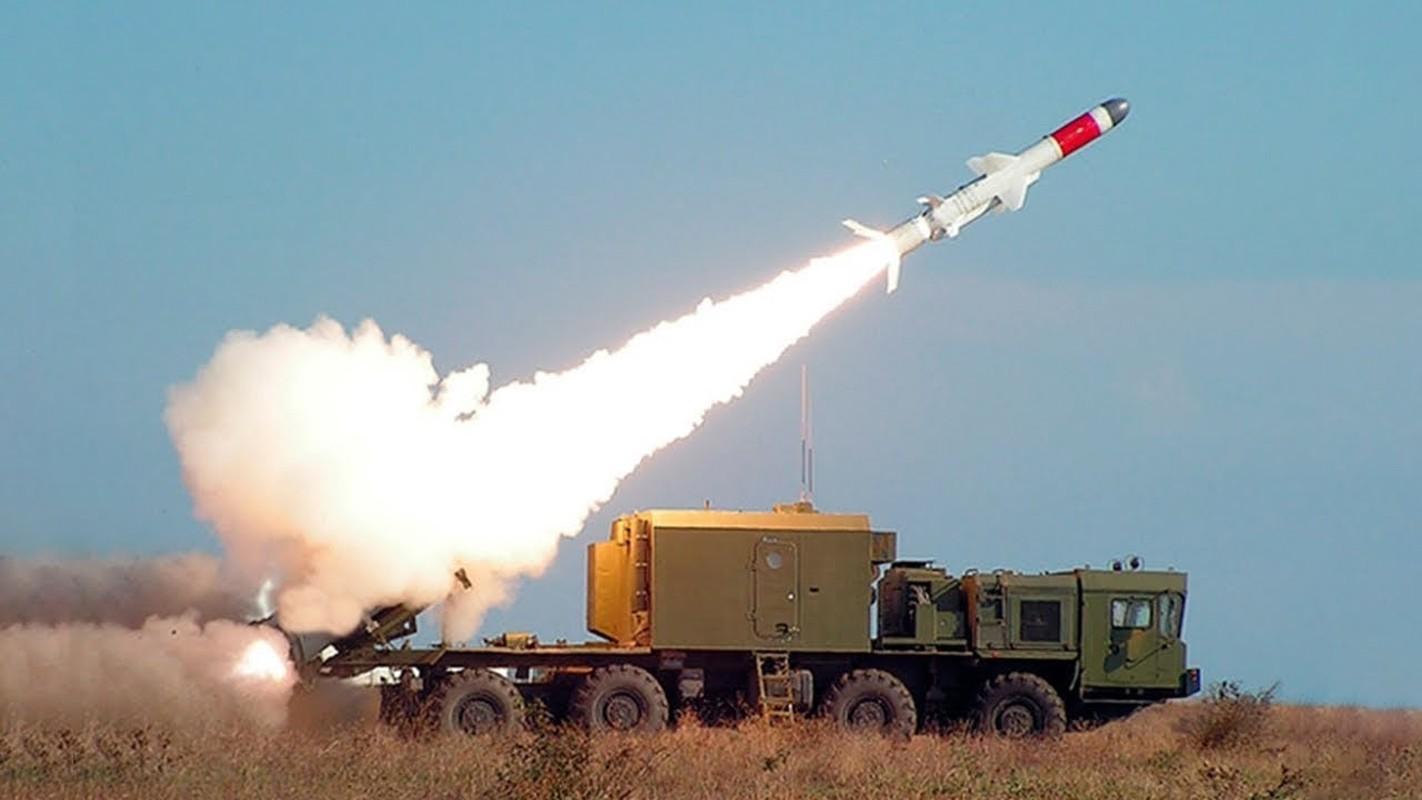 "Vu khi Nga ""gao thet kinh hoang"" tra dua NATO o bien Den-Hinh-8"