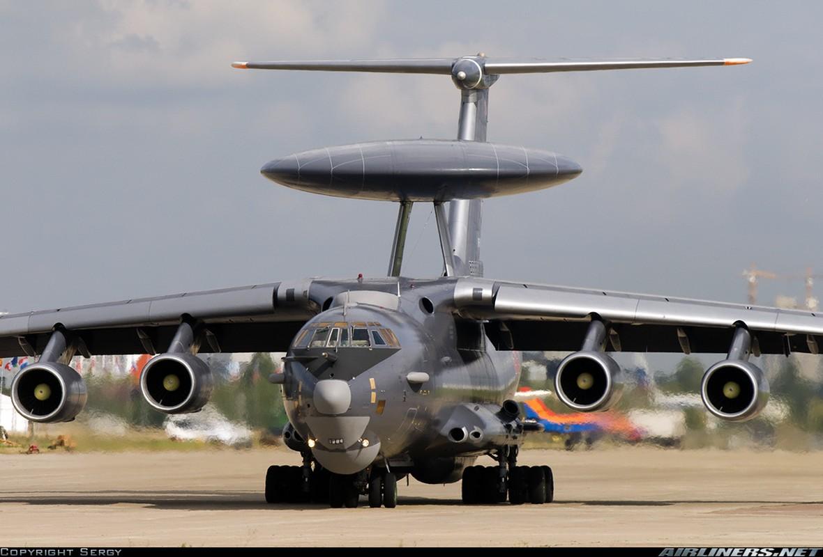 """Ngo ngang hinh hai """"radar bay"""" tuong lai cua Khong quan Nga-Hinh-3"""