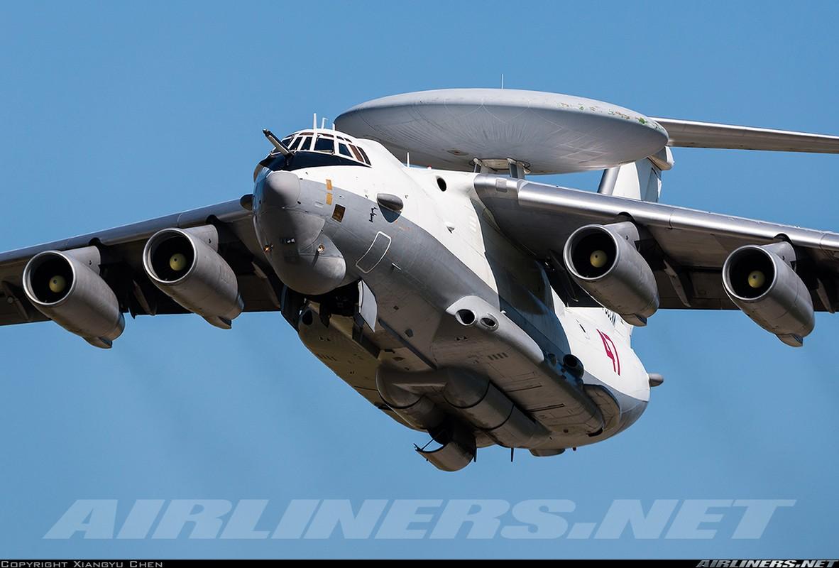 """Ngo ngang hinh hai """"radar bay"""" tuong lai cua Khong quan Nga-Hinh-5"""
