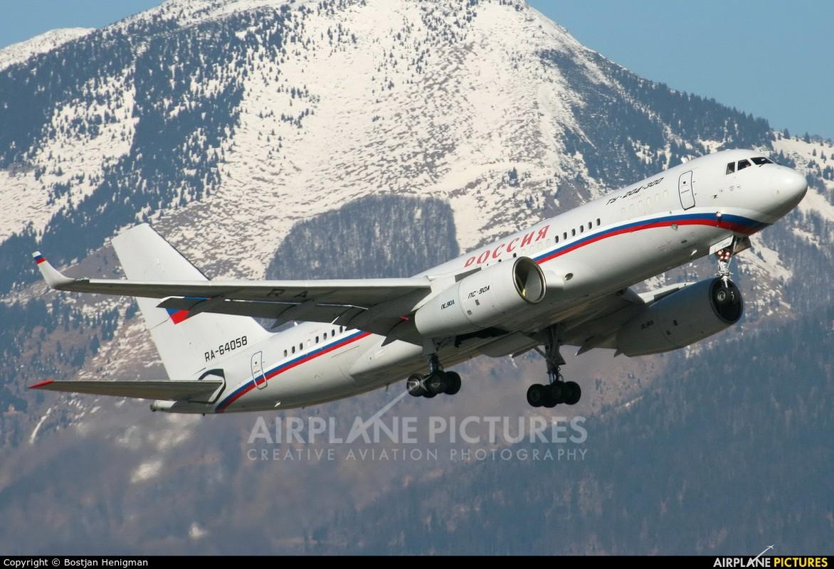 """Ngo ngang hinh hai """"radar bay"""" tuong lai cua Khong quan Nga-Hinh-8"""
