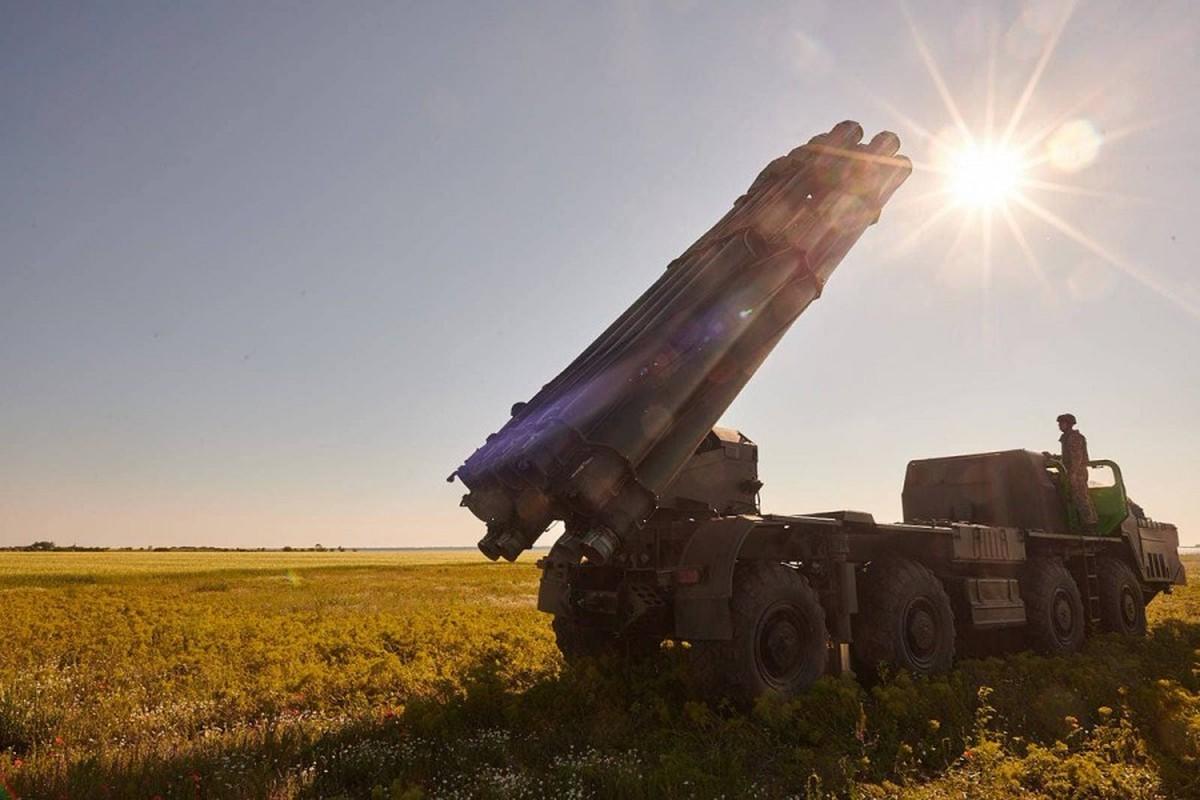 "Can canh sieu rocket Ukraine ban xa 130km khien Nga ""lanh gay""-Hinh-10"