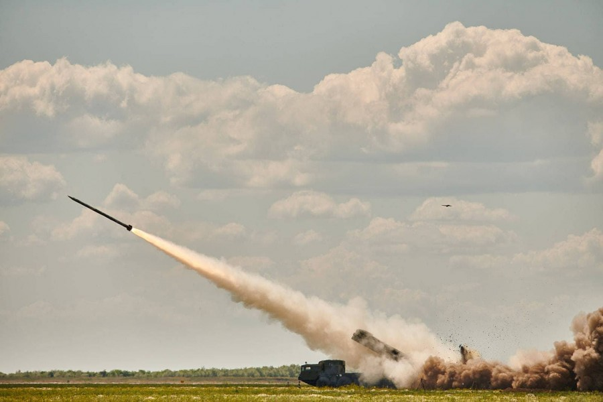 "Can canh sieu rocket Ukraine ban xa 130km khien Nga ""lanh gay"""