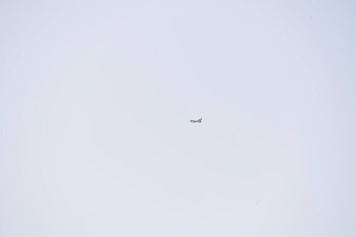 """La: UAV Trung Quoc """"ke vai chien dau"""" voi Su-30-Hinh-6"""