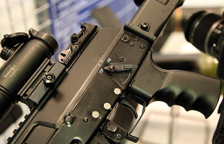Thich thu: Nguoi dan Nga sap duoc so huu sung truong AK-12-Hinh-7