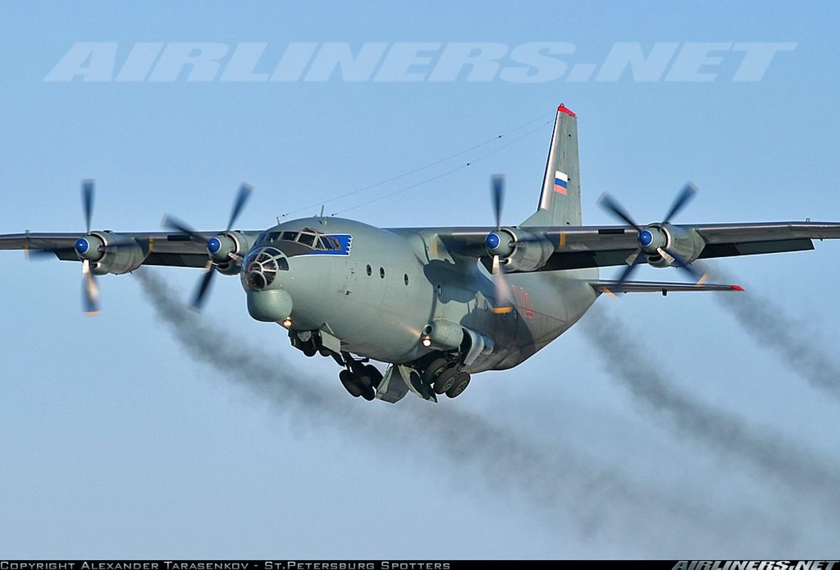 C-130 con chua loi thoi, An-12 da som ve vuon: Lien Xo kem My!-Hinh-5
