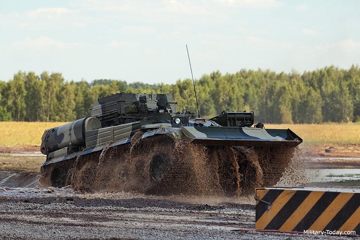 Lan xuat hien chop nhoang cua BREM-1 ben canh xe tang T-90 Viet Nam-Hinh-7
