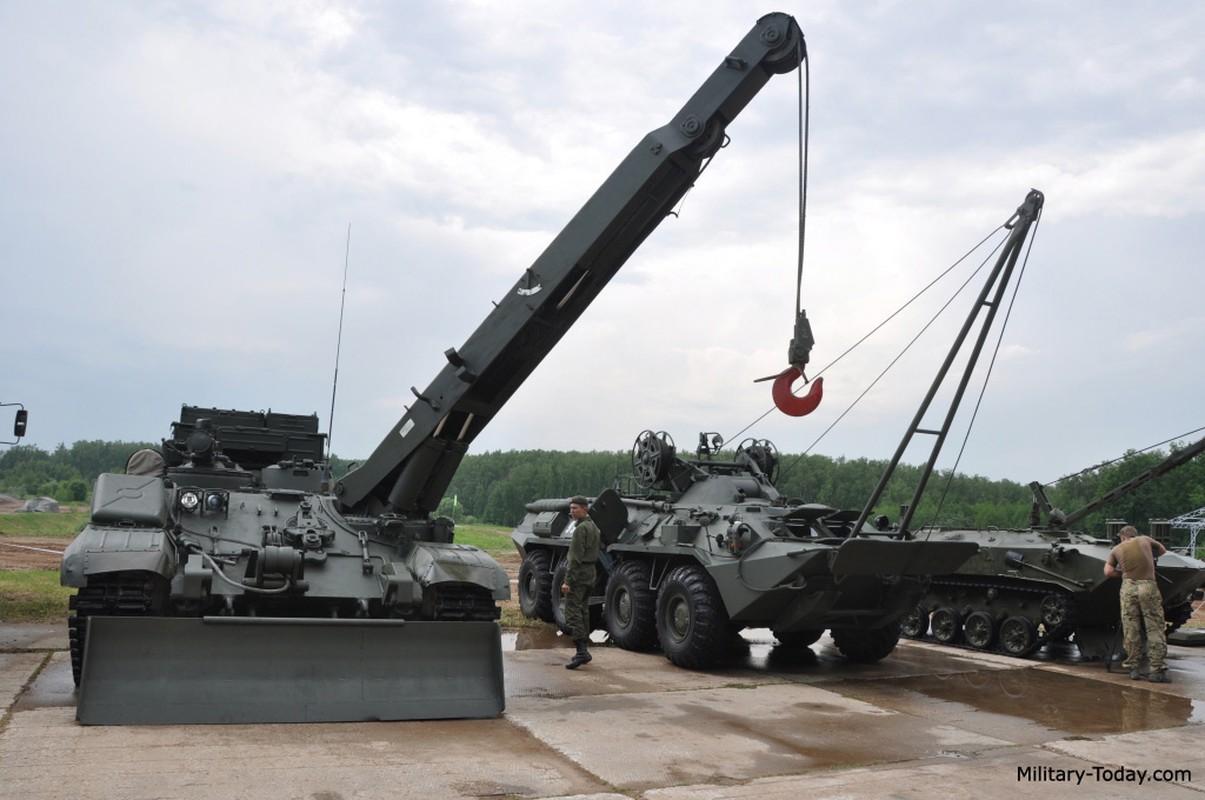 Lan xuat hien chop nhoang cua BREM-1 ben canh xe tang T-90 Viet Nam-Hinh-8