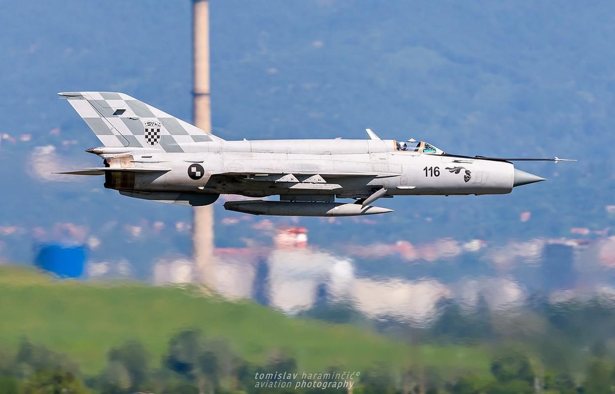 Viet Nam da bo tu lau, gio Croatia moi chiu thay tiem kich MiG-21-Hinh-4