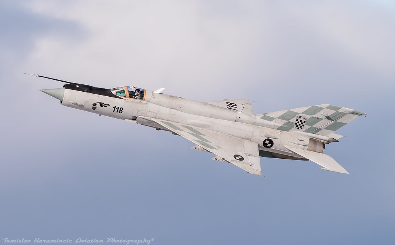 Viet Nam da bo tu lau, gio Croatia moi chiu thay tiem kich MiG-21-Hinh-8