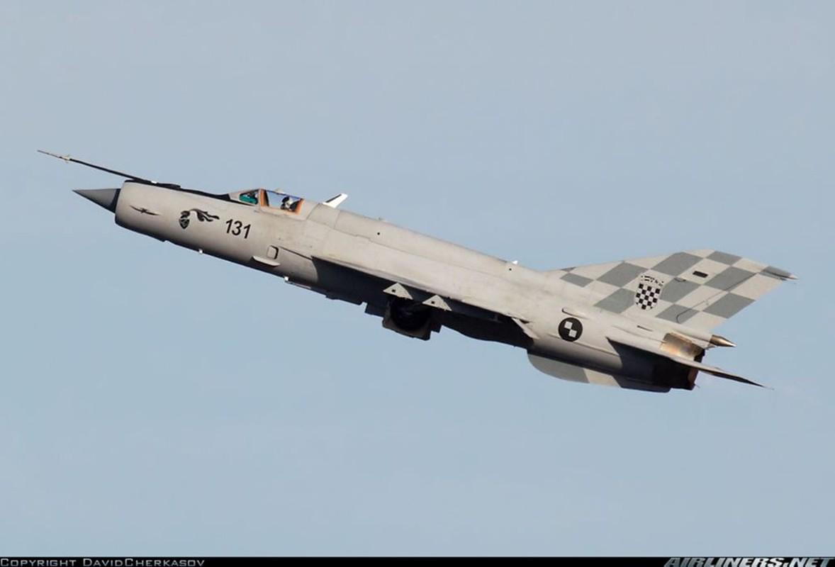 Viet Nam da bo tu lau, gio Croatia moi chiu thay tiem kich MiG-21-Hinh-9