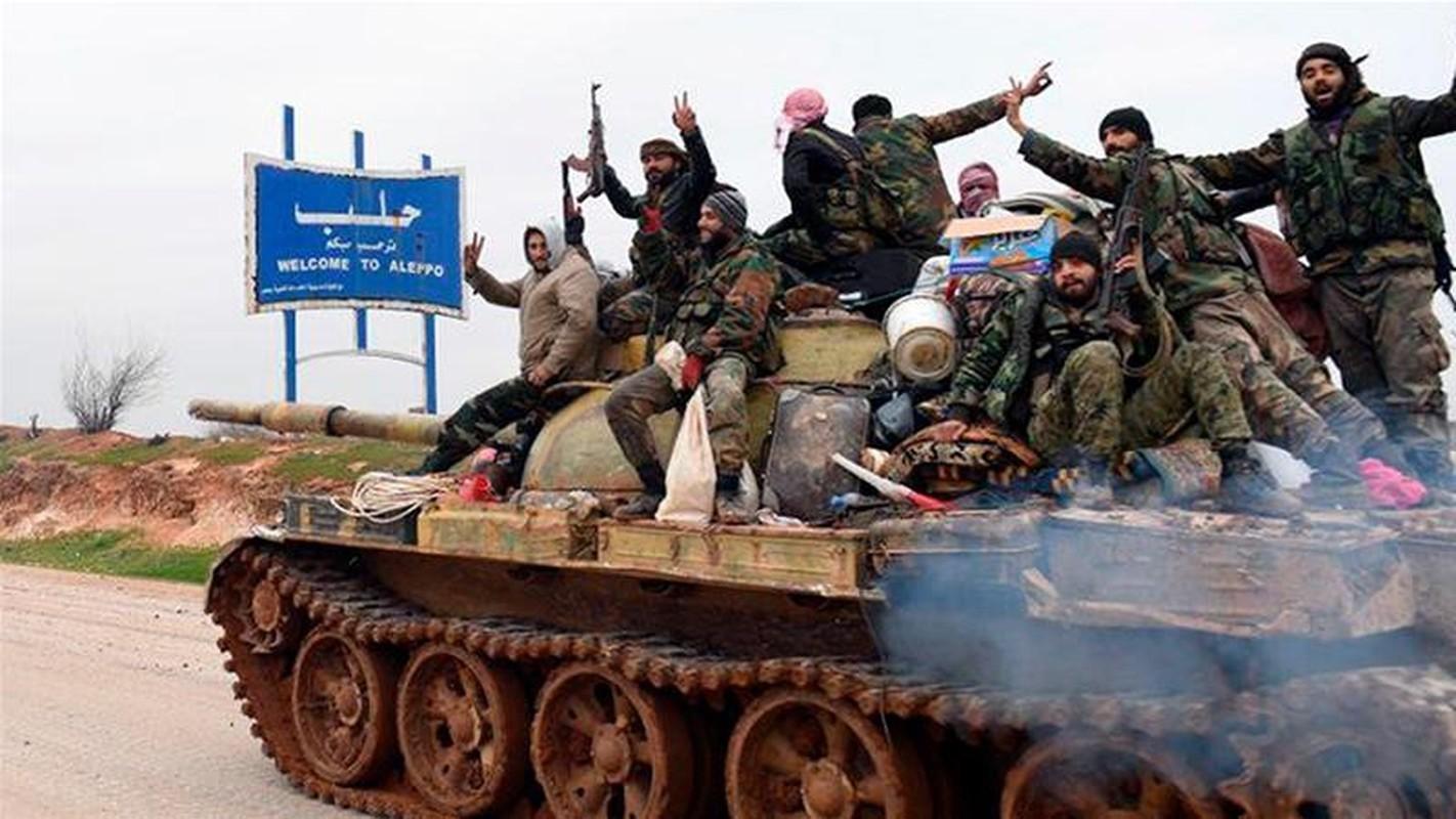 Tinh bao Nga da truc tiep cuu hon 30 tuong linh Syria thoat chet-Hinh-7