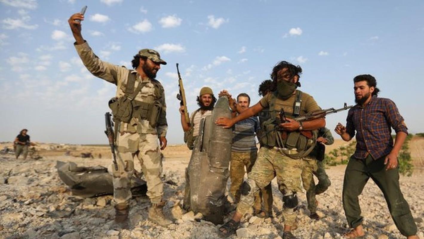 Tinh bao Nga da truc tiep cuu hon 30 tuong linh Syria thoat chet-Hinh-9