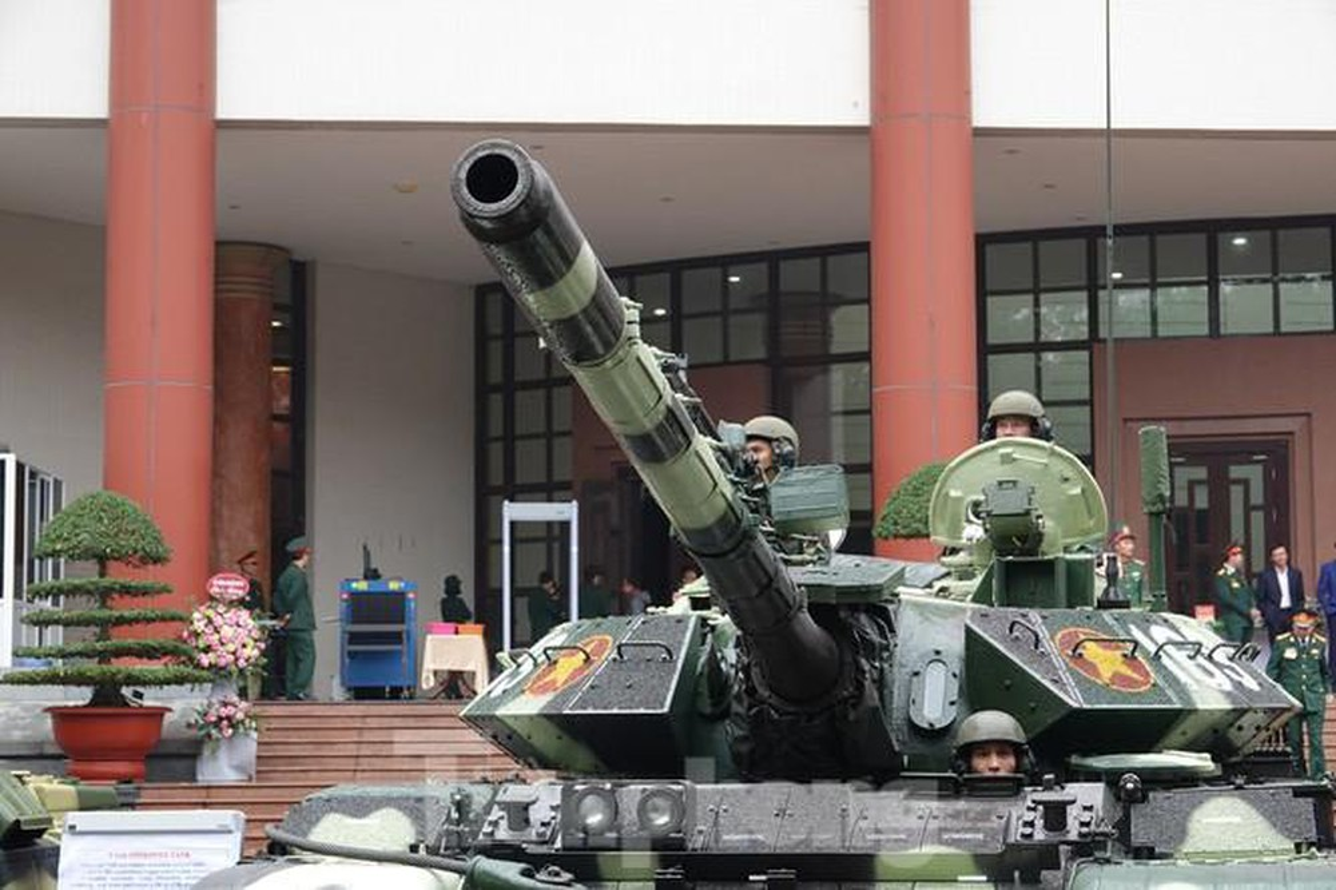 Xe tang T-54M Viet Nam: Ban nang cap uu viet, suc manh tiem can T-72-Hinh-5