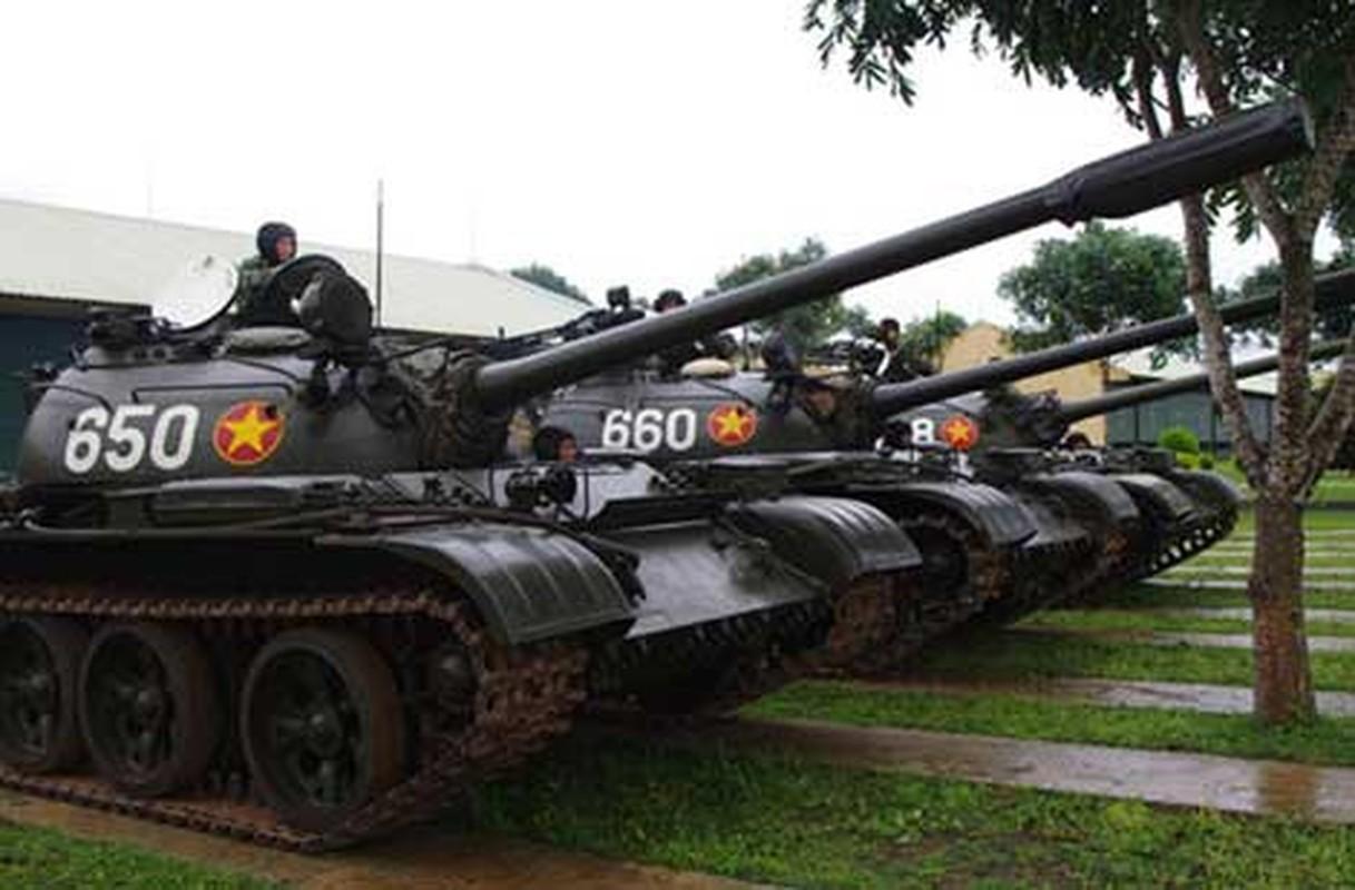 Xe tang T-54M Viet Nam: Ban nang cap uu viet, suc manh tiem can T-72