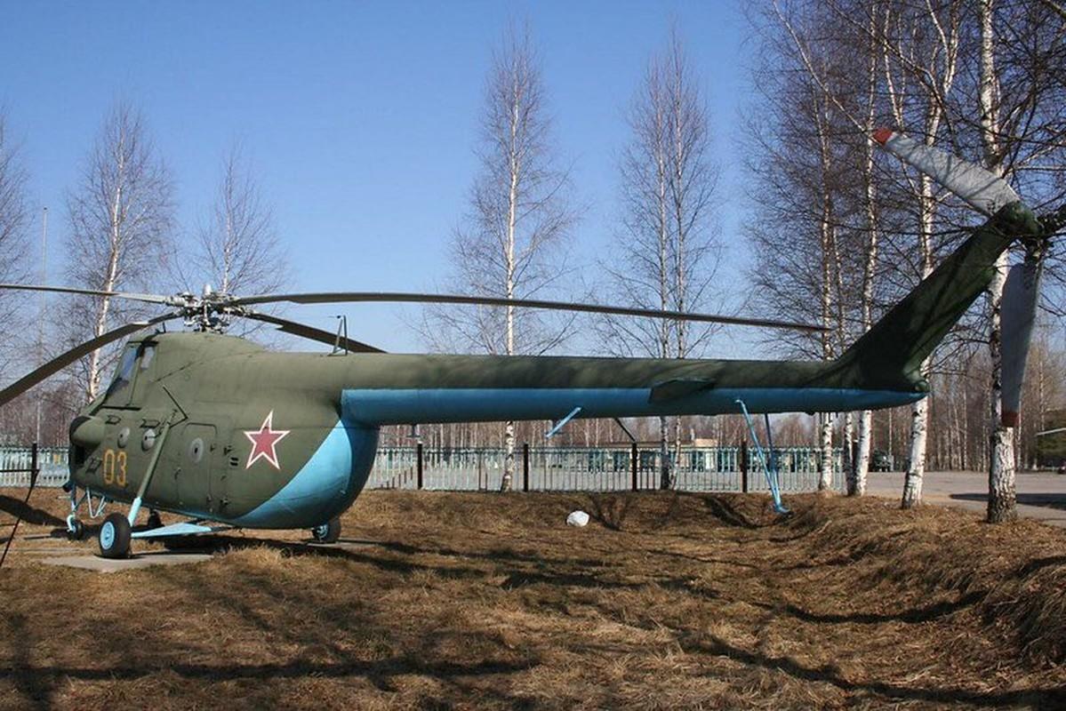 Truc thang Mi-4 Lien Xo va chiec chuyen co hang A tung phuc vu Bac Ho-Hinh-3