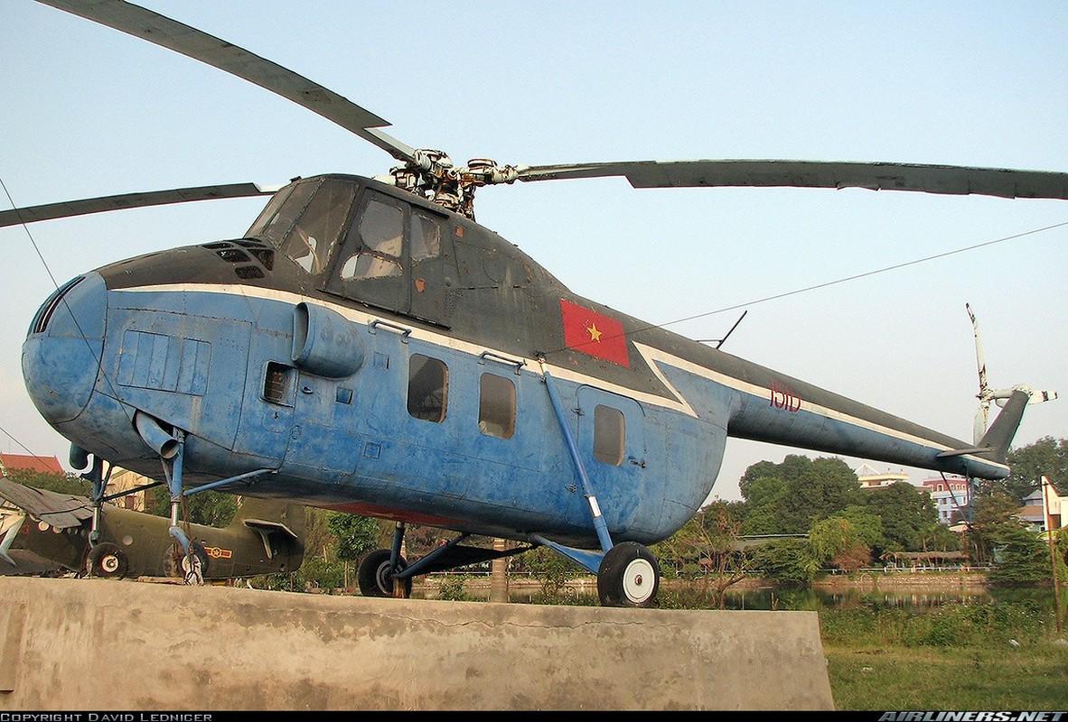 Truc thang Mi-4 Lien Xo va chiec chuyen co hang A tung phuc vu Bac Ho-Hinh-9