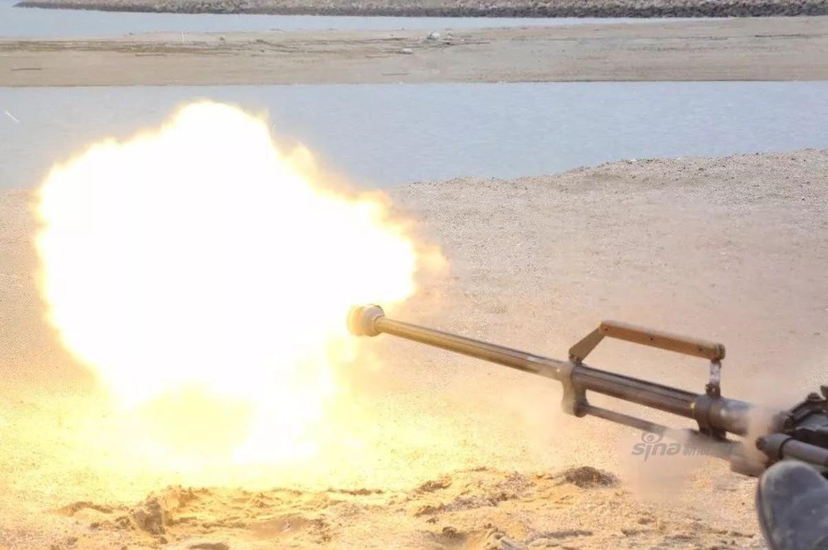 Vi sao Trung Quoc thay phao 30mm bang SMPK 14,5mm tren tau Type 056?-Hinh-10