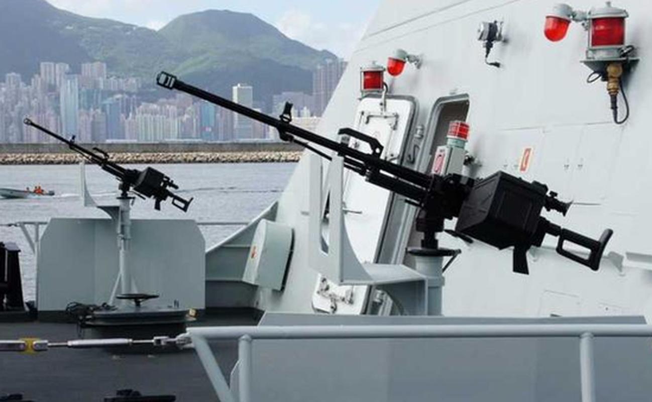 Vi sao Trung Quoc thay phao 30mm bang SMPK 14,5mm tren tau Type 056?-Hinh-5