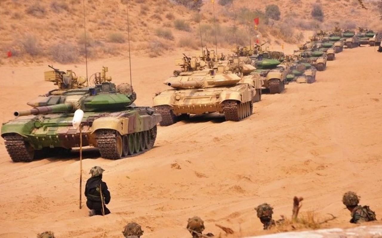 Vi sao An Do chon T-90 lam xe tang chu luc giong Viet Nam?-Hinh-13