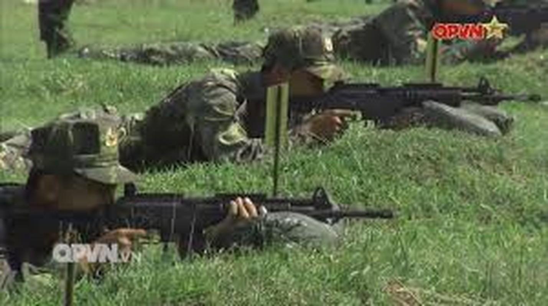 Lan dau thu nghiem sung truong bo binh moi cua quan doi Viet Nam
