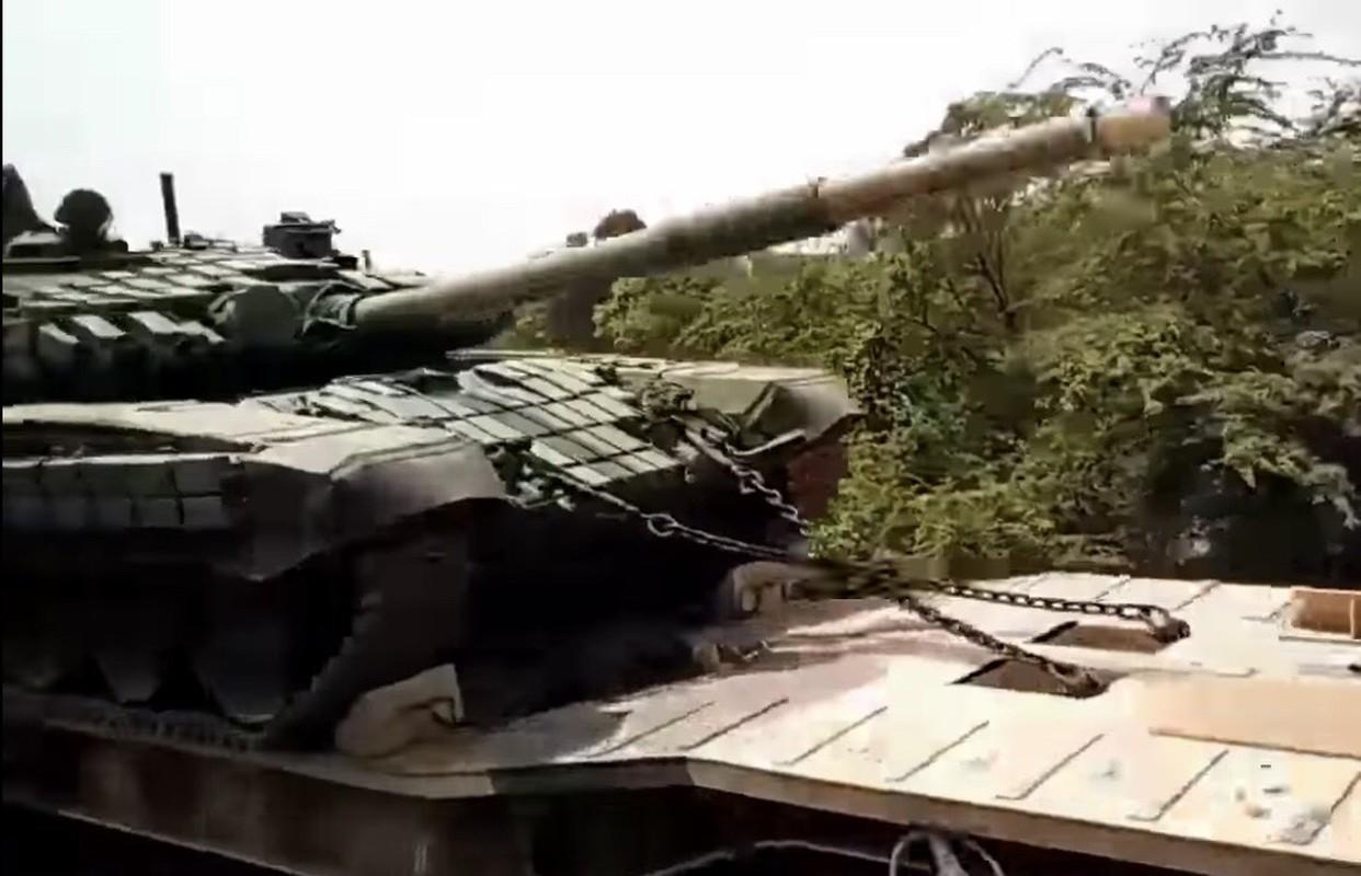 Nong: An Do keo dan tang T-90 len bien gioi... Trung Quoc coi chung-Hinh-4