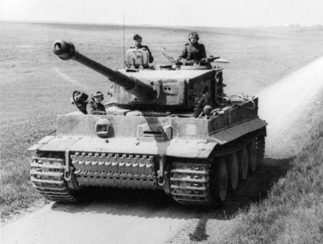 Giai ma bi an ve xe tang T-34 huyen thoai cua Lien Xo-Hinh-11