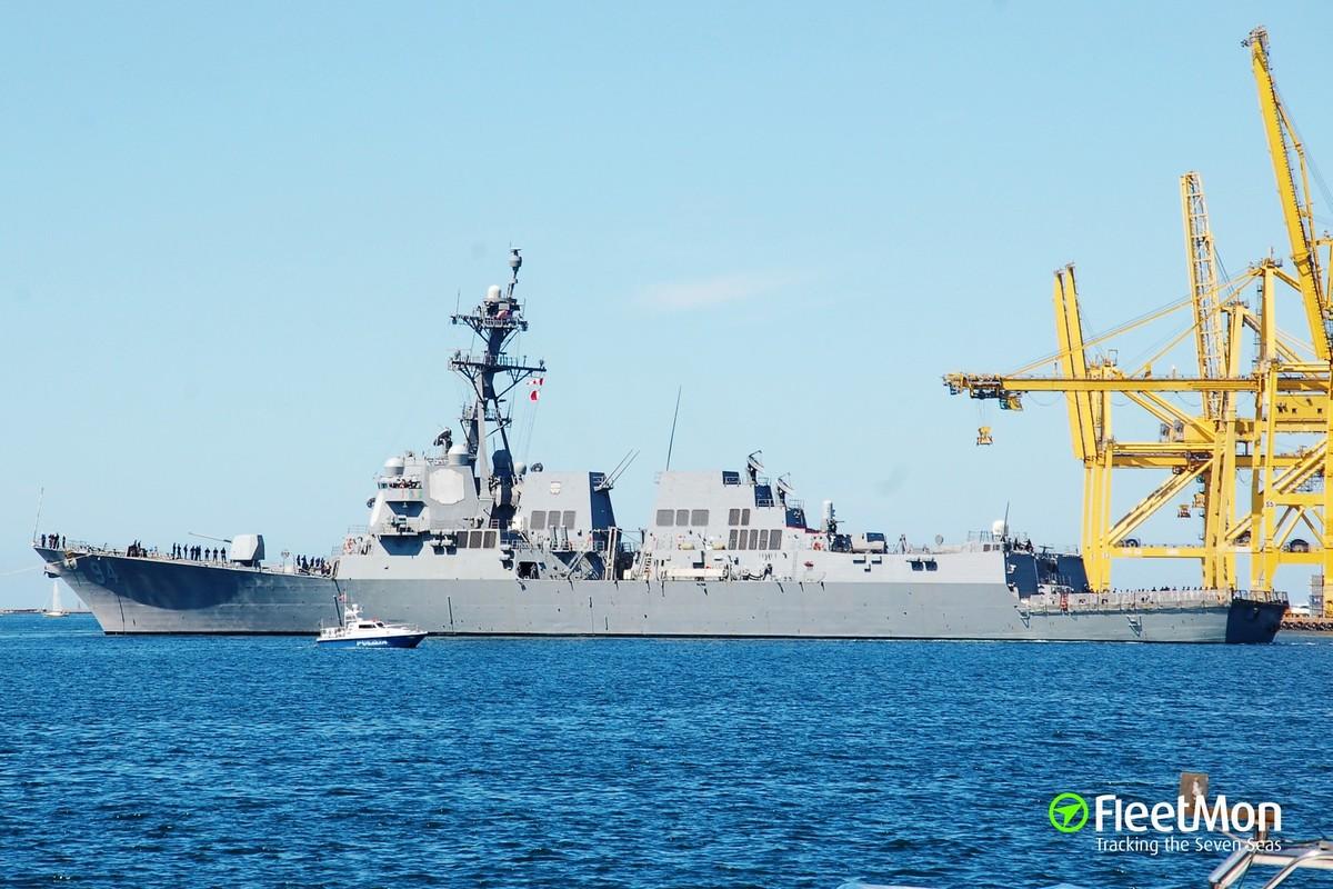 Suc manh huy diet cua khu truc USS Nitze cua My vua ap sat Venezuela-Hinh-4