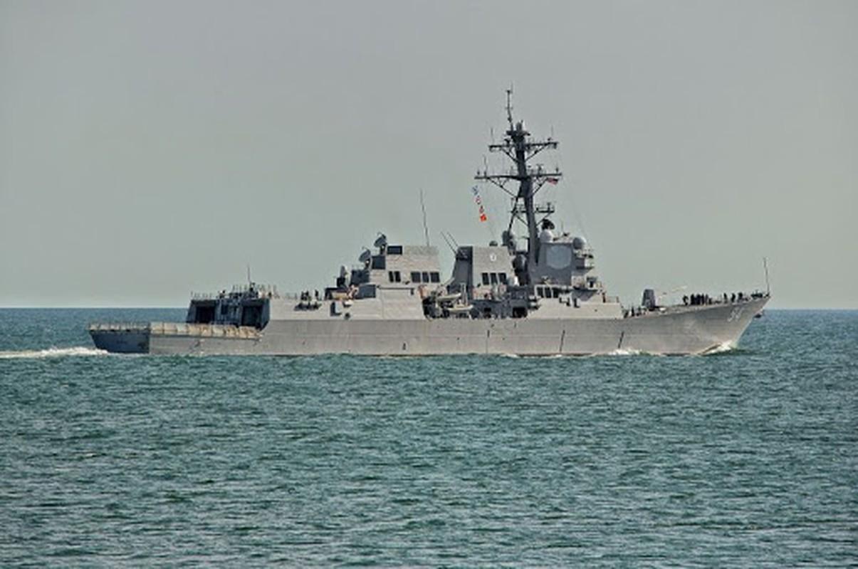 Suc manh huy diet cua khu truc USS Nitze cua My vua ap sat Venezuela-Hinh-5