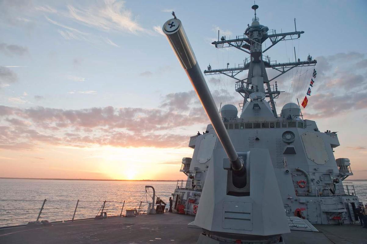 Suc manh huy diet cua khu truc USS Nitze cua My vua ap sat Venezuela-Hinh-6