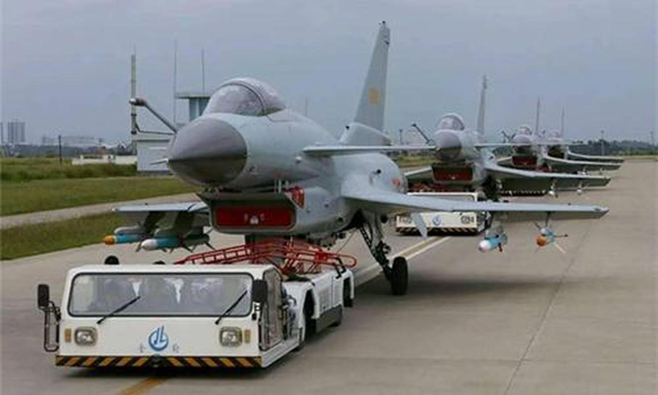Vi sao Iran dung mo cham toi tiem kich Su-30 Nga va J-10C Trung Quoc?-Hinh-6
