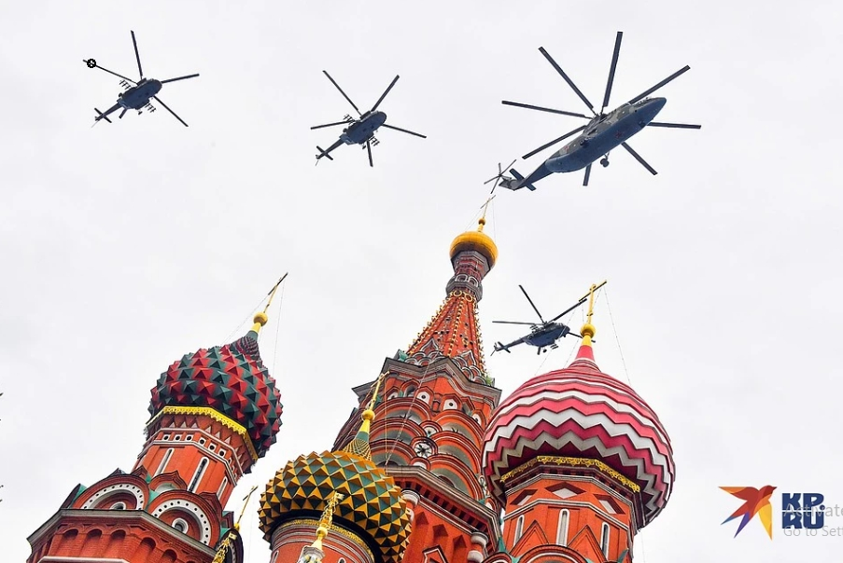 Vi sao duyet binh tren khong o Nga bi che