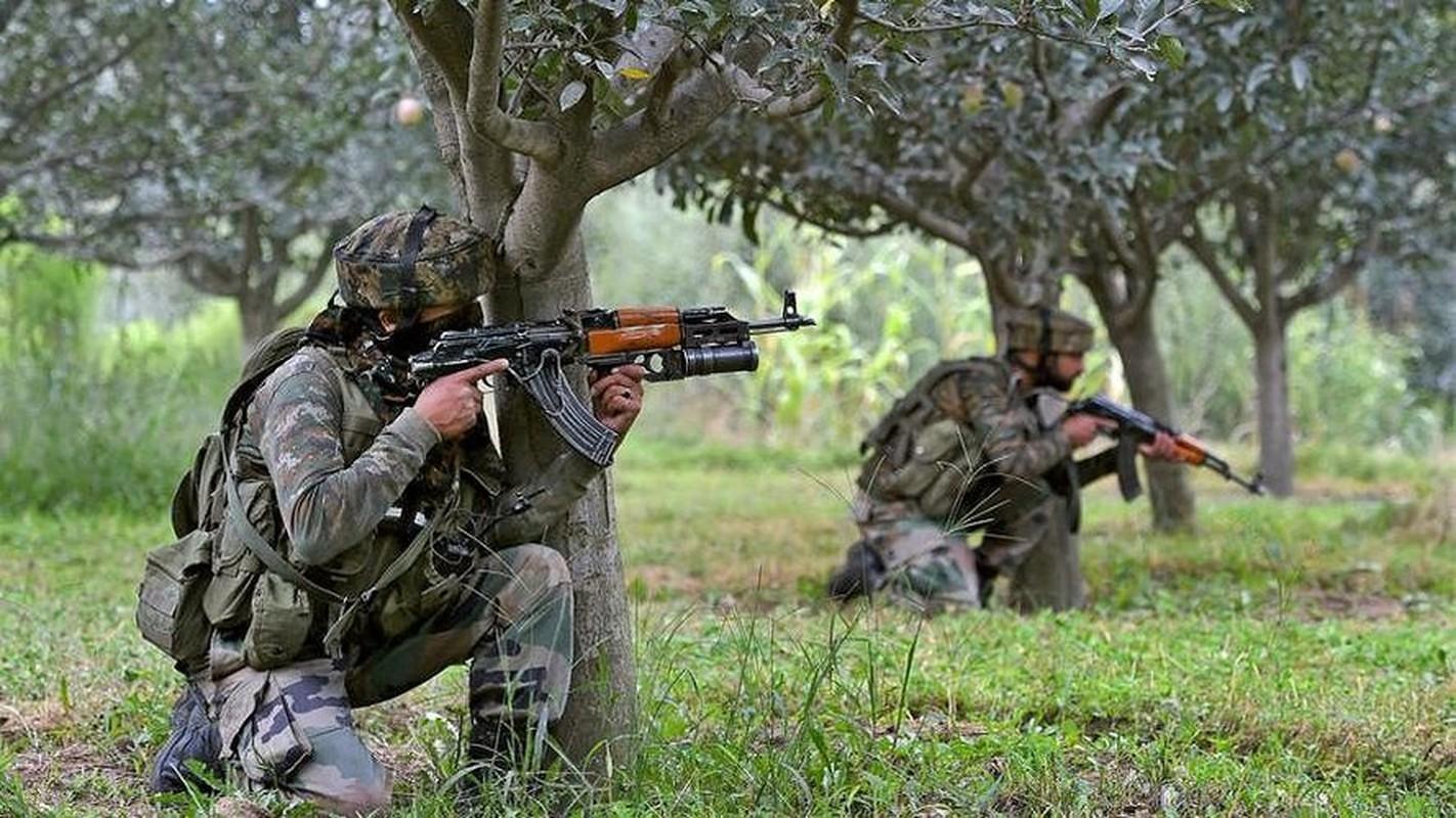 Vi sao An Do trang bi sung AK-203 cho luc luong chien dau cao nguyen?-Hinh-5