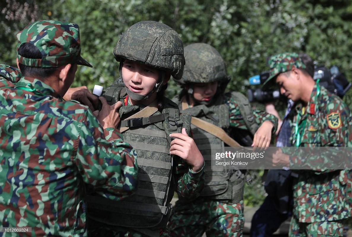 Linh tang, Phao binh, Quan y Viet Nam... vuon minh khien the gioi ne phuc-Hinh-10