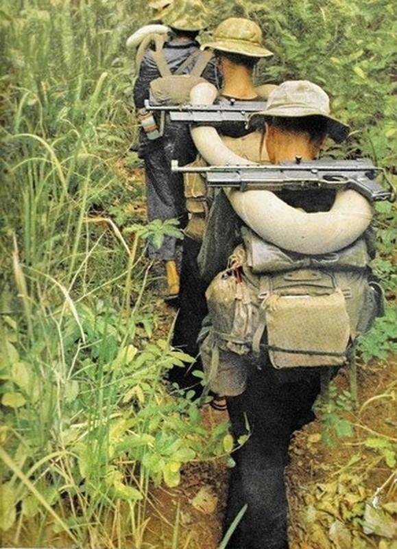 Viet Nam cai tien tieu lien Phap de danh My, the gioi than phuc-Hinh-9