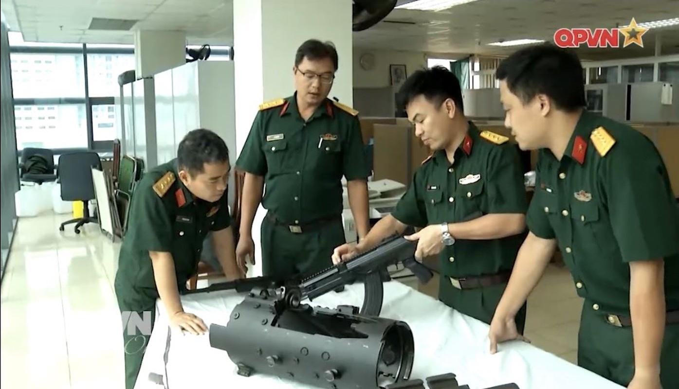 Kinh ngac sung truong STV-410 Viet Nam lan dau xuat hien tren truyen hinh-Hinh-4