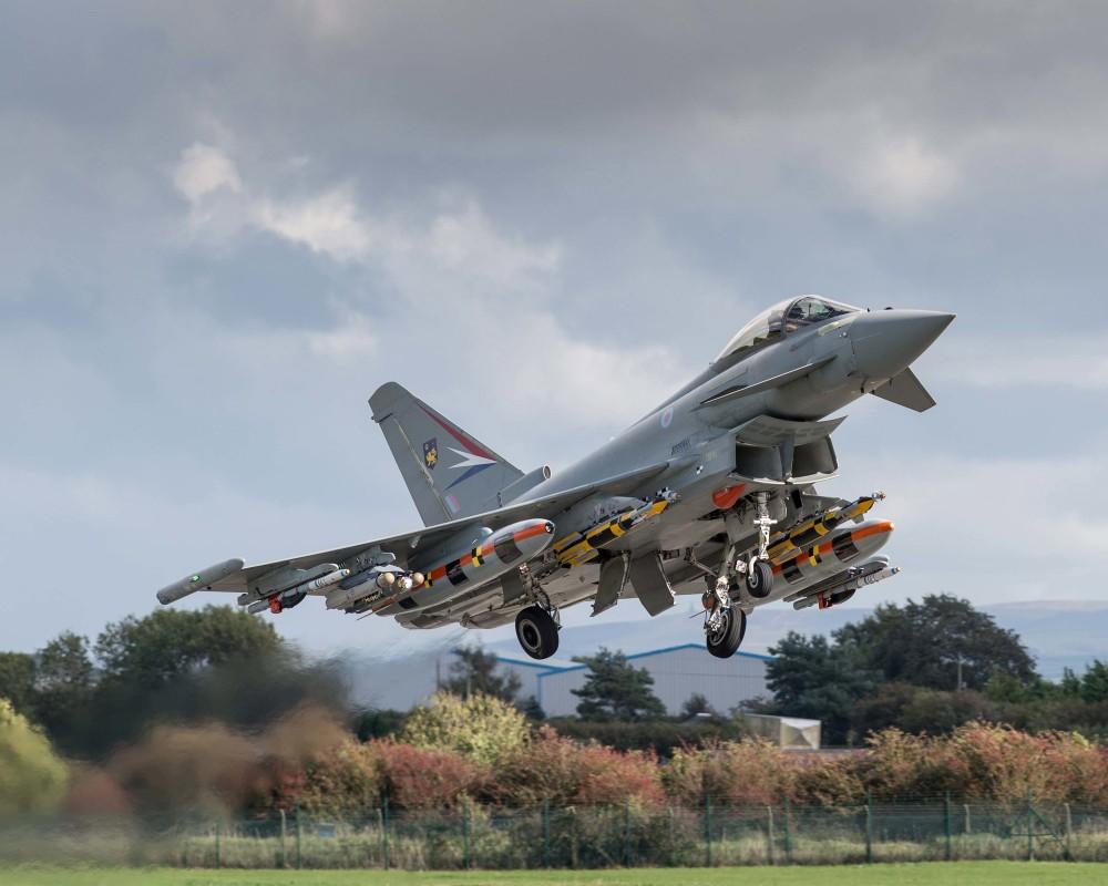 Chon tiem kich Eurofighter Typhoon thay vi Su-35: Sai lam nghiem trong cua Indonesia?-Hinh-8