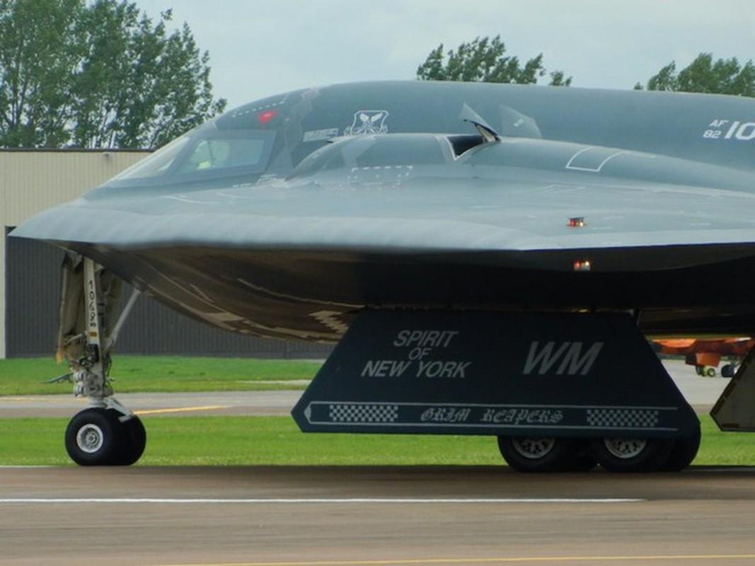 Khong quan My tiet lo bat ngo ve may bay nem bom tang hinh B-21-Hinh-10