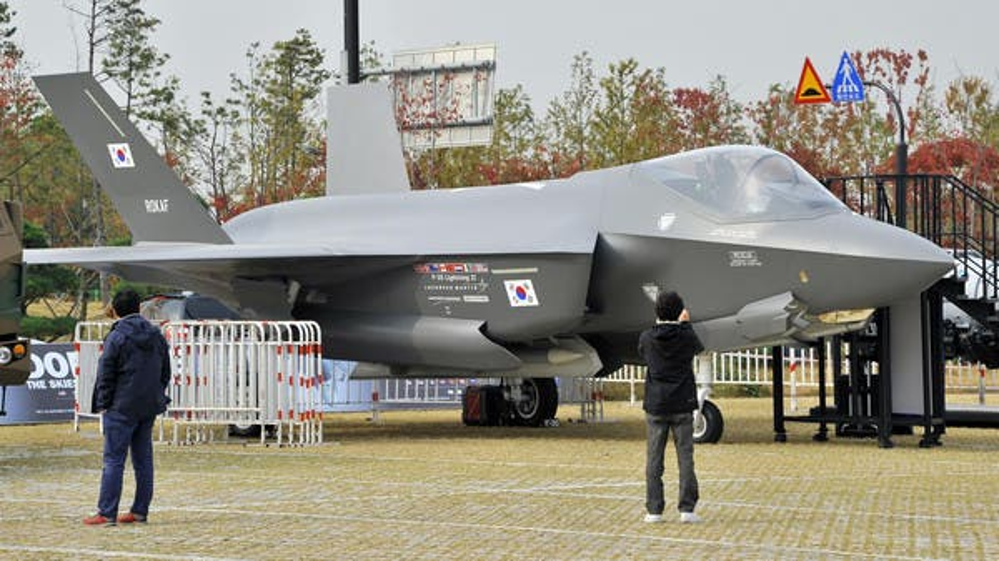 Lo ngai J-20 Trung Quoc, nhieu cuong quoc chau A chay dua mua F-35-Hinh-10