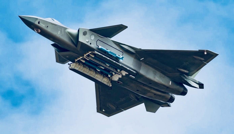 Lo ngai J-20 Trung Quoc, nhieu cuong quoc chau A chay dua mua F-35-Hinh-12