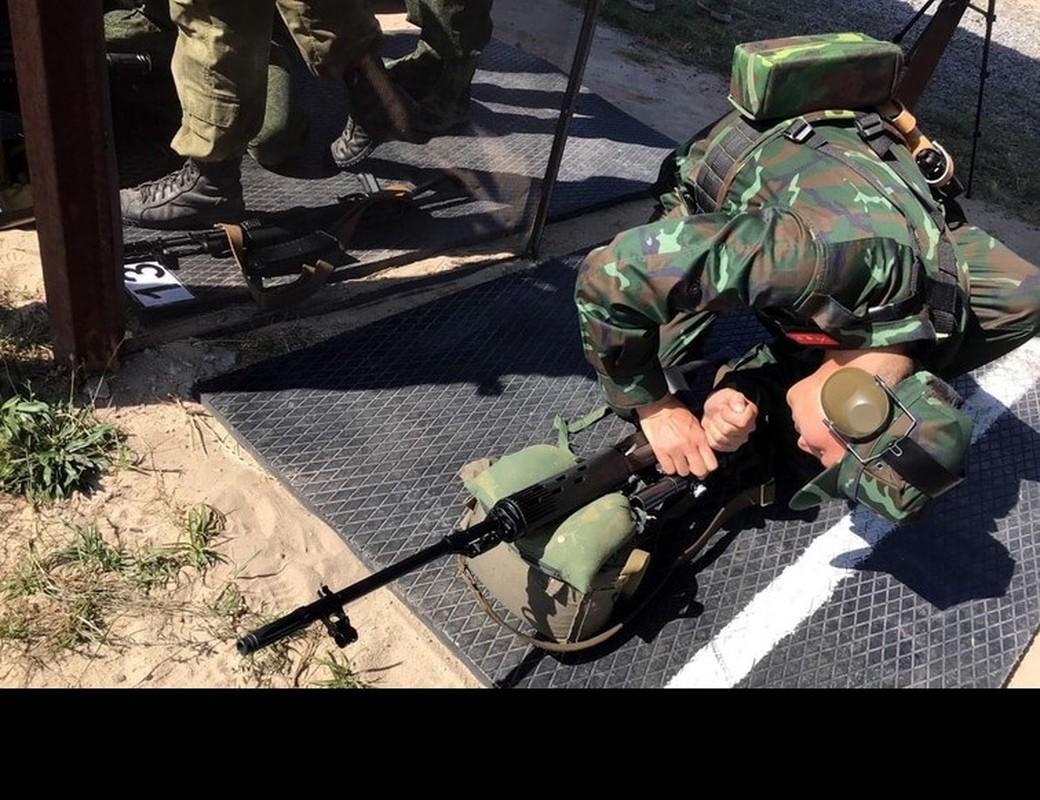 Linh ban tia Viet Nam nhan sung AK-74, SVD... khai hoa tai Army Games 2020-Hinh-7