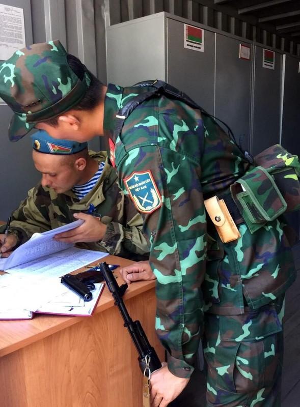 Linh ban tia Viet Nam nhan sung AK-74, SVD... khai hoa tai Army Games 2020-Hinh-3
