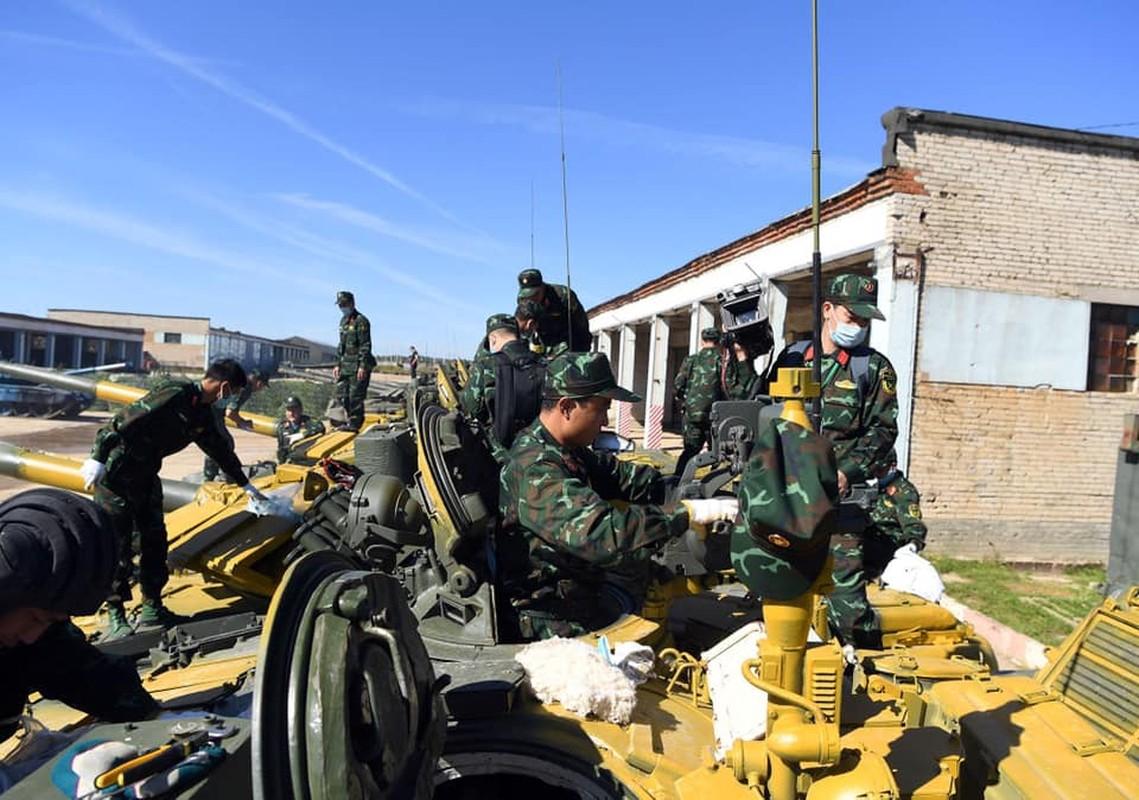 Soi doi hinh tuyen xe tang Viet Nam truoc gio xung tran Army Games 2020-Hinh-2