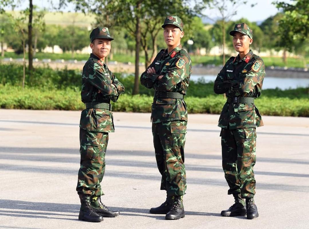 Soi doi hinh tuyen xe tang Viet Nam truoc gio xung tran Army Games 2020-Hinh-3